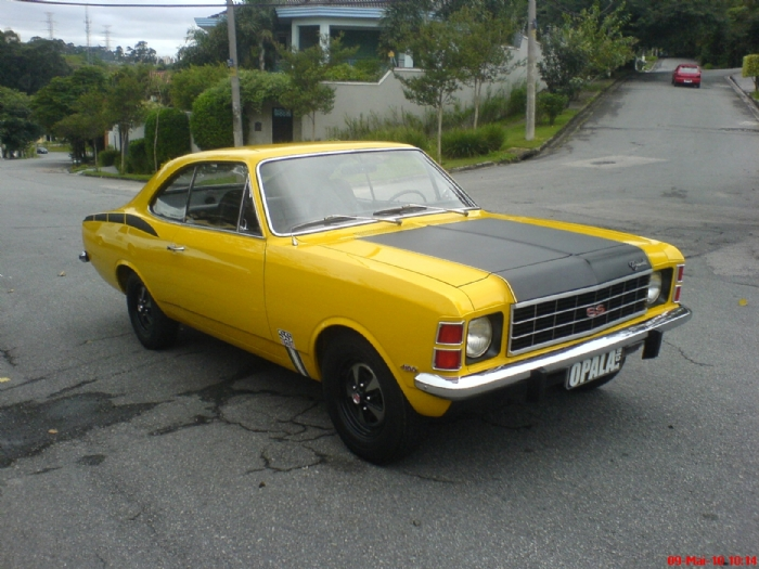 Associado Clube do Opala SP - Opala SS 1975 Amarelo Trigo 6 Cilindros